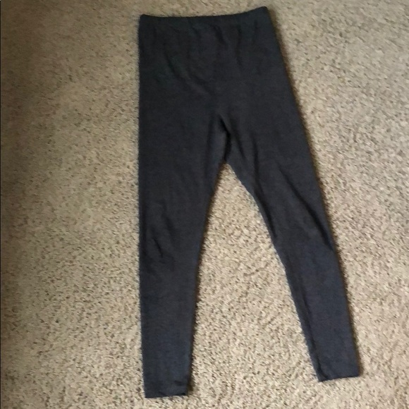 Pants - RUNE grey maternity leggings over the belly